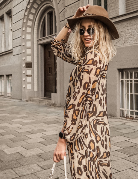 STARDUST P • Kleid • Leo Beige